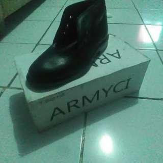 Sepatu Pantofel Size 42