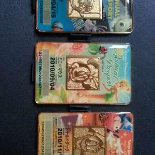 全新絕版2010東京迪士尼季章通行証一套(非賣品)