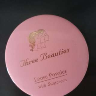 Three beauties loose powder