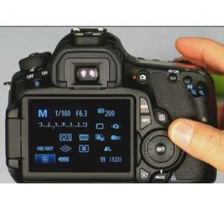 Canon 60D  Kit I with EFS 18-55mm IS Lens