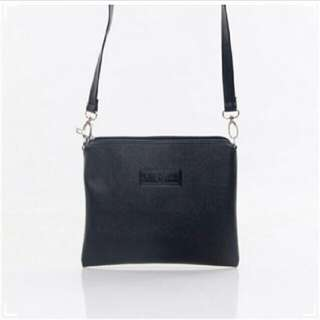 Salvora Sling Bag > NEW