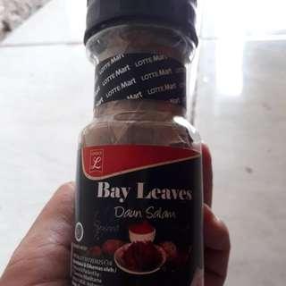 #Tis-gratis Bayleaves
