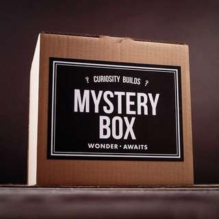 MYSTERY BOX (SIZE S)