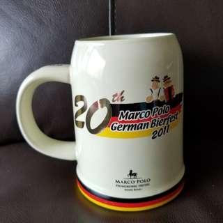 德國啤酒節 大啤酒杯 2011
