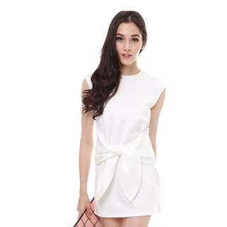 BNWT - MDS White Adjustable Bow Dress