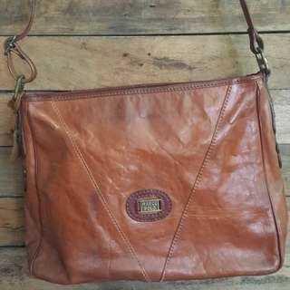 Marco Polo Vintage Sling Bag Leather