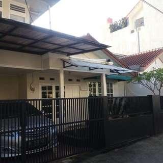 Rumah Bumi Makmur, Pondok Gede (tenang, strategis dan bebas banjir)