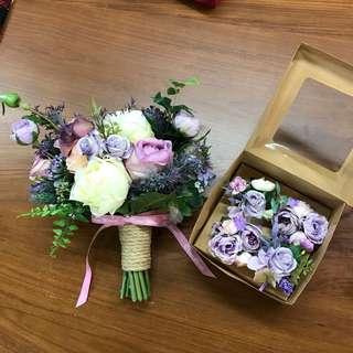 紫色系花球1個 珍珠鏈手花3個 襟花1個 紅色襟花1個