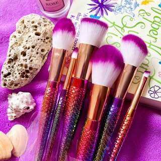 Holographic Mermaid Brush Set