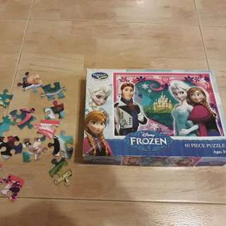 Frozen jigsaw puzzle by Holdson