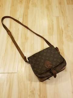 Vtg Louis vuitton side bag (made in usa)