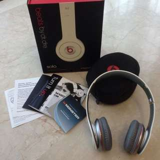 Beats White Headphone