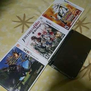 Nintendo 3DS XL plus 3 games