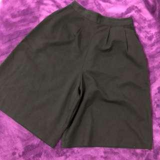 🚚 素色短版寬褲