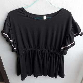 Black T shirt diskon 8000 jadi