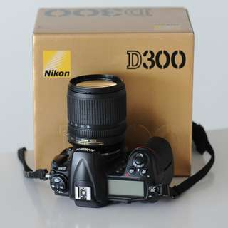 Nikon D300 body only (lens sold)