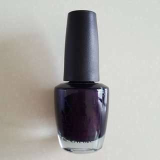 OPI Who Are You Wearing? HL705