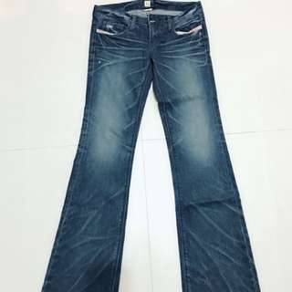 🚚 韓版Choco Hocic 牛仔褲,喇叭褲