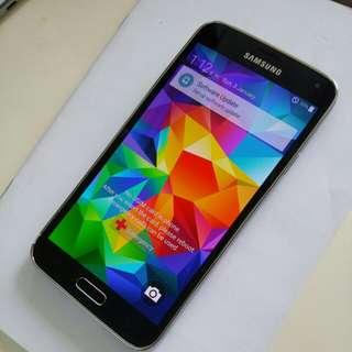 Samsung s5.SM G900s