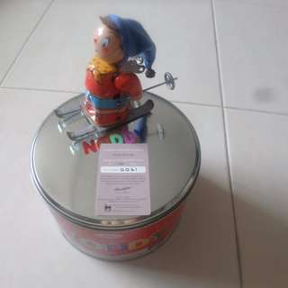 Noddy wind up tin toys with certificate