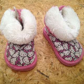 Baby Shoes hello kitty