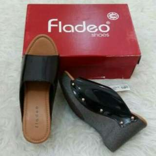 Sendal wedges fladeo