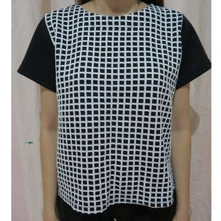 Lilioco Black & White Top
