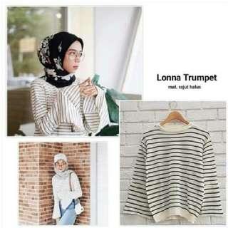Sweater Lengan Lonceng