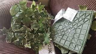 Artificial plants x2