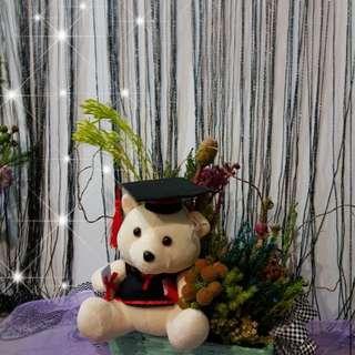Flower_identity landscapes graduation flower bouquet