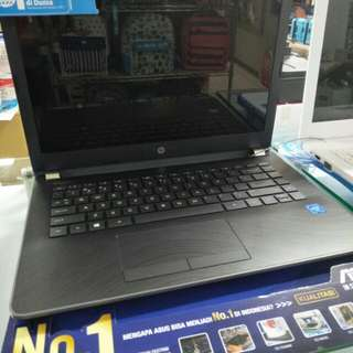 Laptop HP 14-BS003TU
