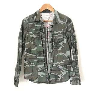 Forever 21 Denim Camouflaged Buttondown