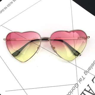 Heart shaped glasses 心心眼鏡