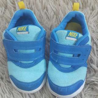 Authentic Nike Sports Shoes