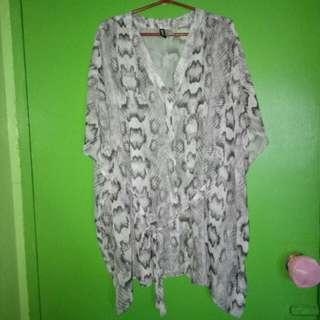 H&M kimono style blouse