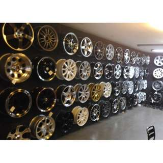 CAR RIMS FOR   ALL TYPE OF CARS