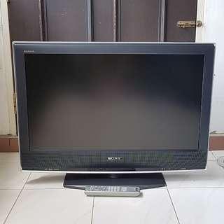 "Sony KLV-32S200A 32"" LCD TV w/ Remote Control"
