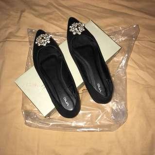 Like new! Sepatu pesta VNC size 7