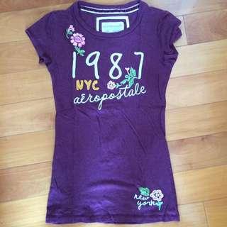 Aeropostale 深紫色花T恤