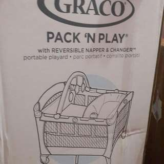 GRACO Baby Cot for Safe playing