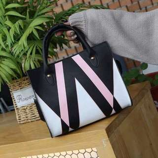 KOREAN ZIGZAG BAG LEATHER