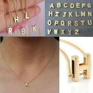 Necklace initial
