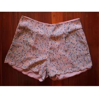 Miss Shop Pale Peach Floral Scallop Edge Shorts