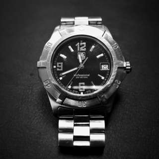 Tag Heuer 2000 Steel Quartz Mens Watch WN1110