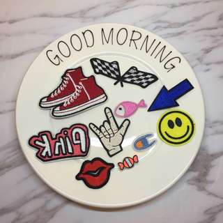 🚚 CR Lifestyle 賽車旗 PINK 箭頭 笑臉 嘴唇 帆布鞋 Champion 刺繡布貼 有背膠 手作材料