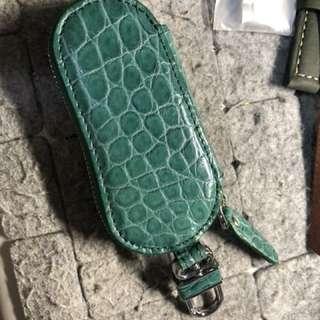🚚 手工鑰匙包  (真鱷魚)