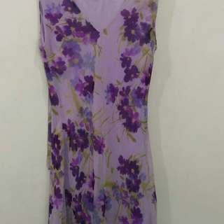 Violet flowery dress with shawl