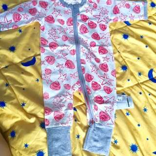 Sleepsuit Bonds Inspired