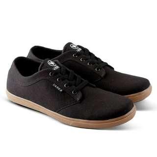 Sepatu Varka 520 sneakers