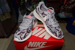 Nike Tanjun Print